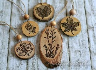 Stamping_and_Wood_Burning_on_Wood_Slices_-_Ornaments_2