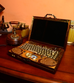 the_steampunk_laptop_by_zackary-d4mbro8