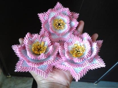 3d_origami_lotus_by_sunitapatnaik-d88iy0p