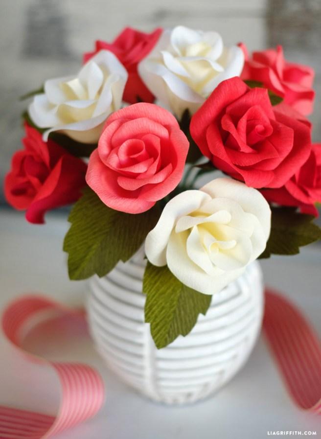 crepe_paper_rose_0002